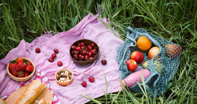 Organizzare-un-pic-nic-estivo-con-i-frutti-di-bosco