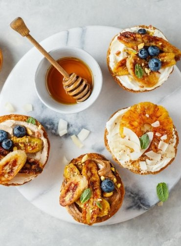 Sweet-toast-mirtilli-cream-cheese-banana-noci-ricette-frutti-di-bosco-Sant'Orsola