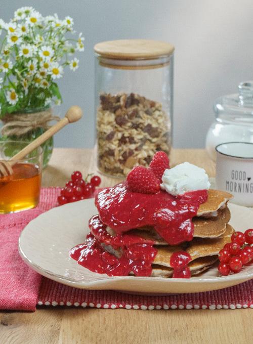Sant'Orsola-videoricette-pancake-grano-saraceno-ribes-lamponi