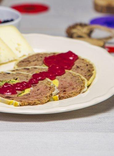 Videoricetta-salsa-frutti-di-bosco-per-abbinamenti-salati-santorsola-natale
