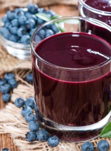 Succo-di-mirtillo-proprietà-benefici-come-si-prepara-Sant'Orsola-mirtilli