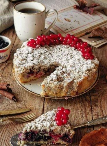 Streusel-cake-frutti-di-bosco-piccoli-frutti-lamponi-more-ribes-rosso-Sant'Orsola